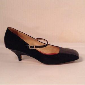 Kate Spade Black Suede Kitten heels Size 7.5